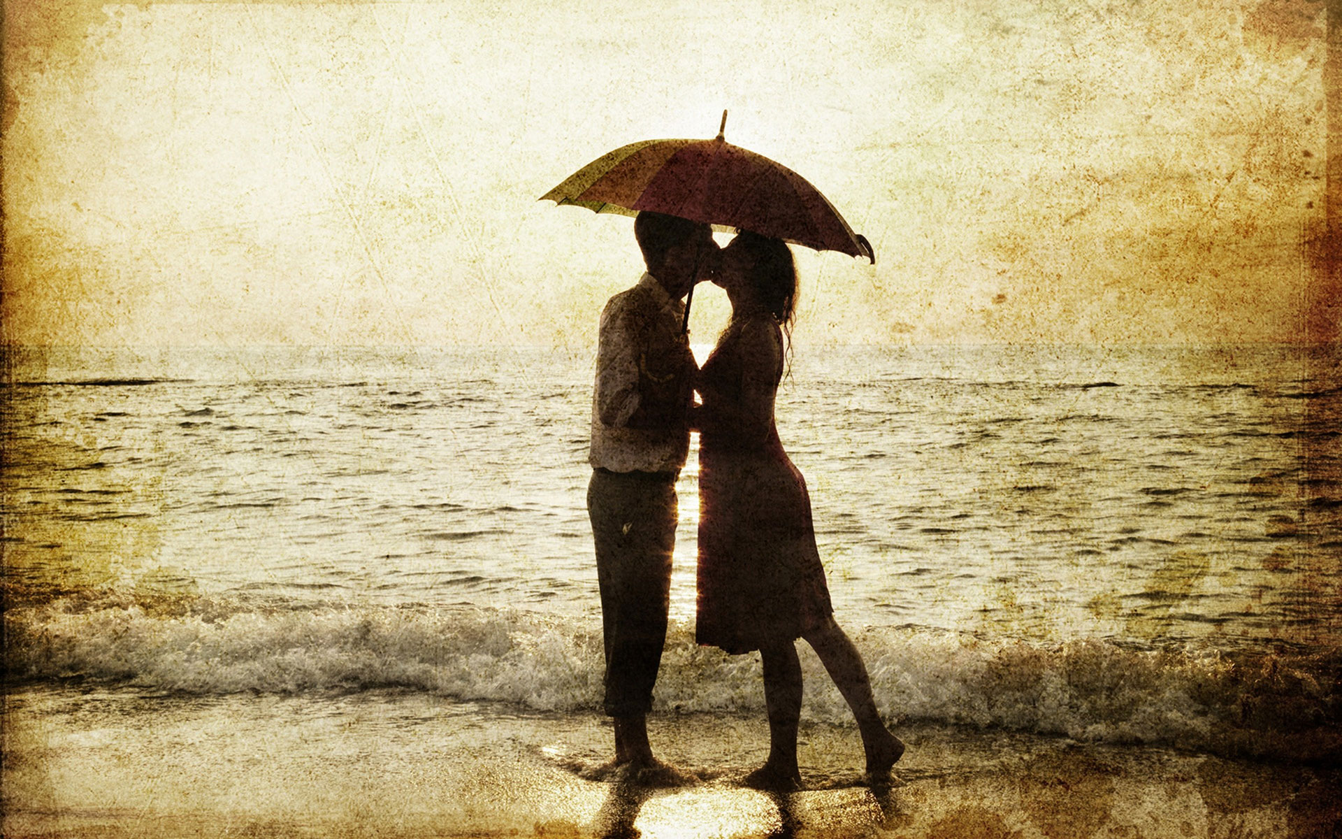 Romantic-Couple-Kissing-In-Rain-11